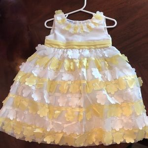 Yellow and white flower dress
